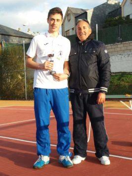 Víctor Aliseda. Foto club guijuelense de tenis y pádel