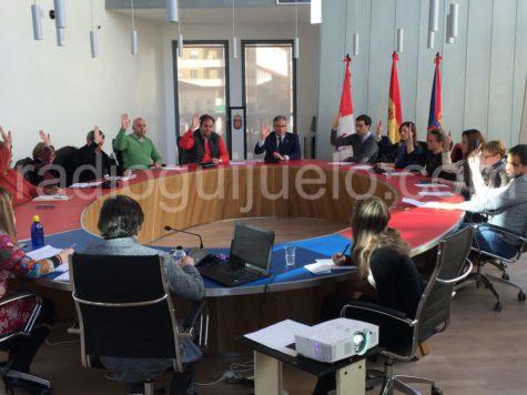 Sesión plenaria en el Ayuntamiento de Guijuelo