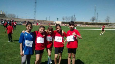 Integrantes de la Escuela Municipal de atletismo