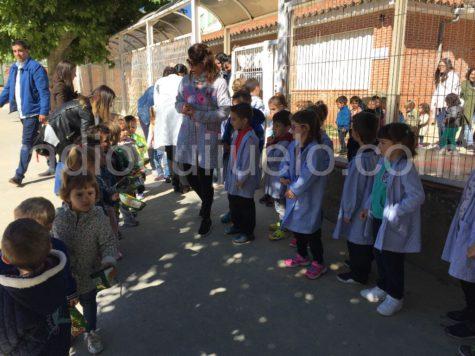 Alumnos del Colegio Filiberto Villalobos. Foto archivo