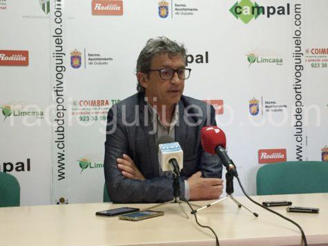Jordi Fabregat en la sala de prensa del Municipal de Guijuelo.