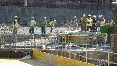 Trabajadores en una obra. Foto Salamancartv