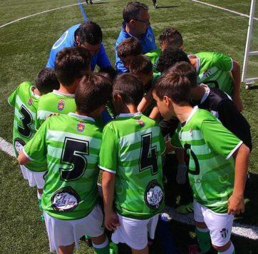 Un equipo del C.D. Guijuelo. Foto Escuela Fútbol Guijuelo