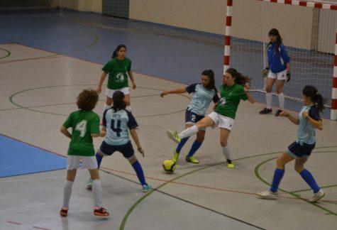 Equipo cadete femenino de fútbol sala del Ayuntamiento de Guijuelo. Foto Salamancartv