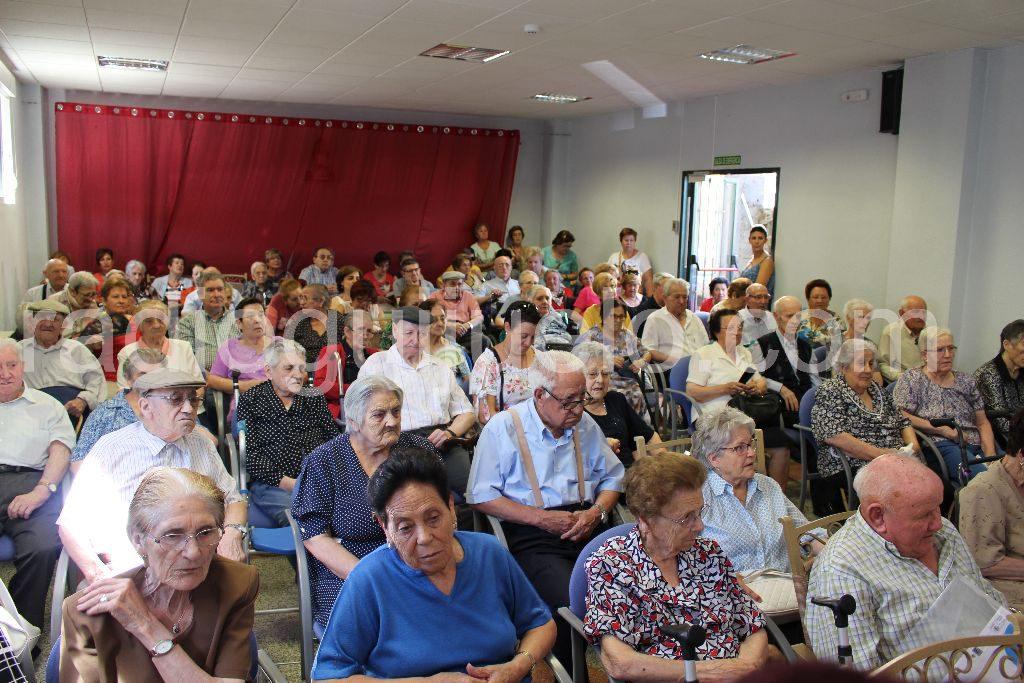 Celebración del Día del Abuelo en la Residencia de Guijuelo. Foto: Archivo.