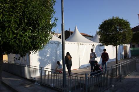 Jaimas situadas en la plaza de la Constitución