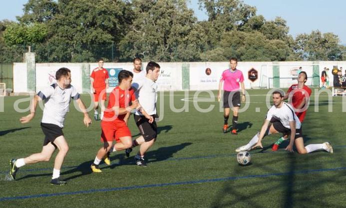 Un encuentro de los campeonatos de verano de fútbol 7. Foto: Archivo.