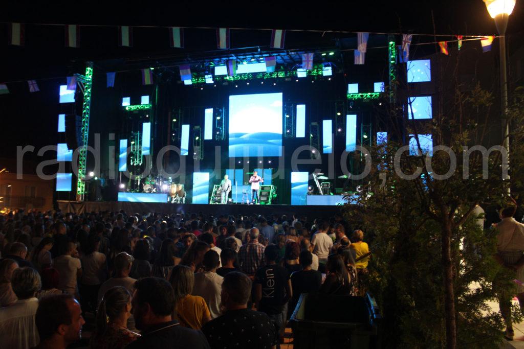 Los Chunguitos abrieron las Fiestas de Campillo.